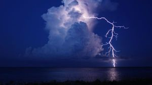 cloud-ground-lightning National Geographic